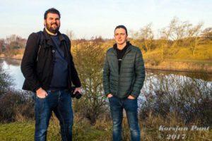 Fotograaf Jan en Hendrik na een geslaagde dag bij de Amsterdamse Waterleidingduinen